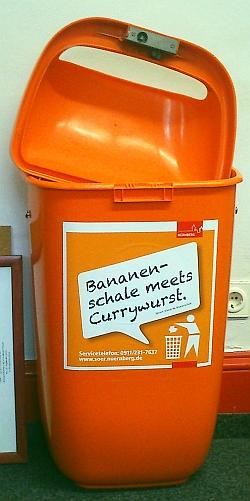 Bild: Kecke Sprüche - Mülltonne mit Siegerspruch